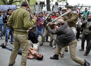 IndiaKashmirProtest (620x453)