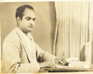 Ibne-Safi-Rare-Pose-Jan-8-1958